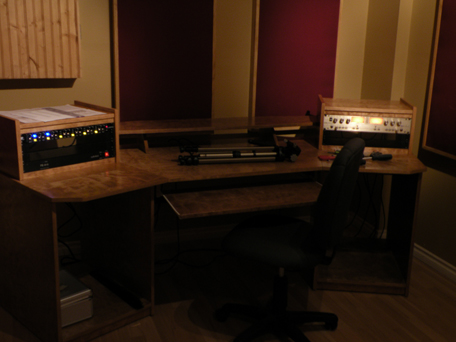 Check out my sweet new audio desk. Plans available soon!