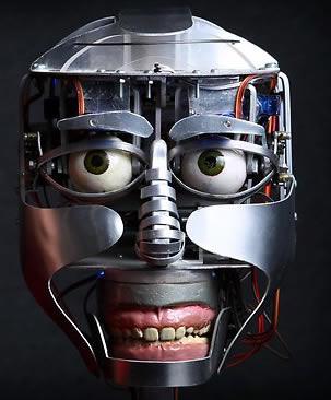 4072302_139809751511_robot.jpg
