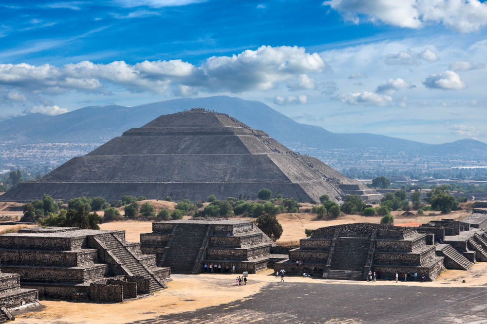 5009006_143066950421_Pyramid-of-the-Sun-Teotihuacan-Mexico-View-from-the-Py.jpg