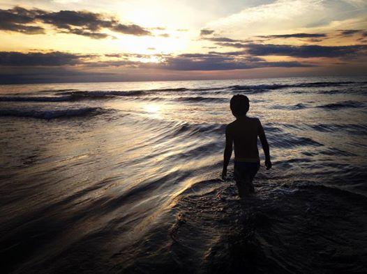 258514_147355049572_beach.jpg