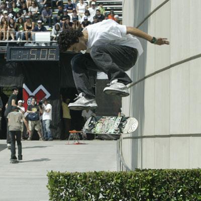 need hep with skateboarding