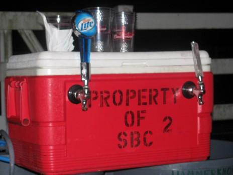 strawberryclock LURVES beer