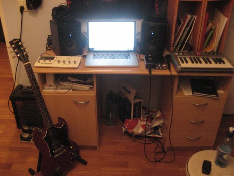 First song with Logic Pro: Downtempo Ambient with dubstep and IDM influences. Review? ; )