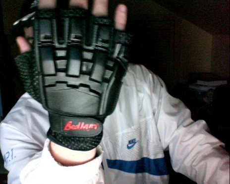 got some badass new fingerless gloves by alxellis