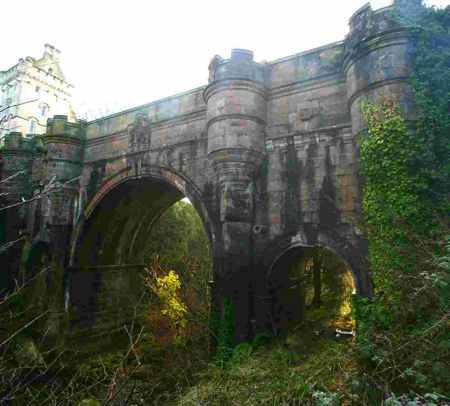 The Top 10 Creepy Mysteries You Haven't Heard Of: #7 The Overtoun Bridge