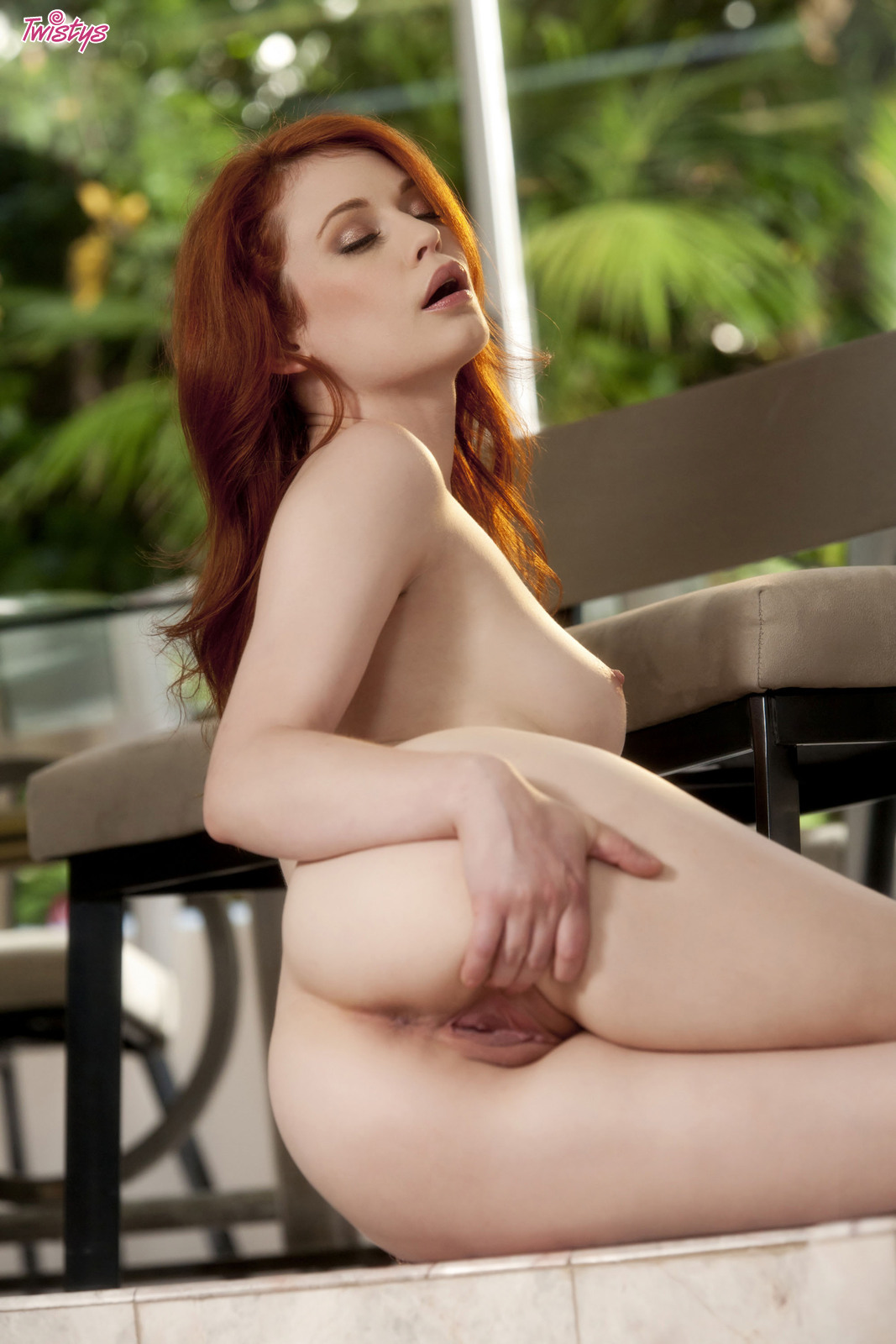 4206973_138627797132_baldcunt_erotiqlinks_greatass_JustineJoli_redhead_sexy.jpg