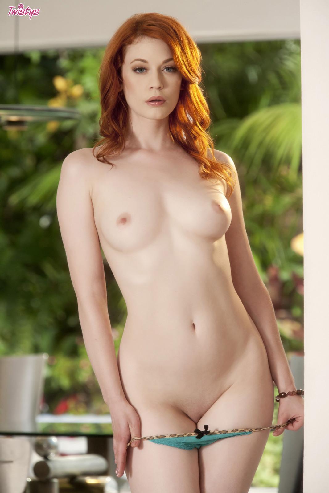 4206973_138627785323_baldcunt_erotiqlinks_greatass_JustineJoli_redhead_sexy.jpg