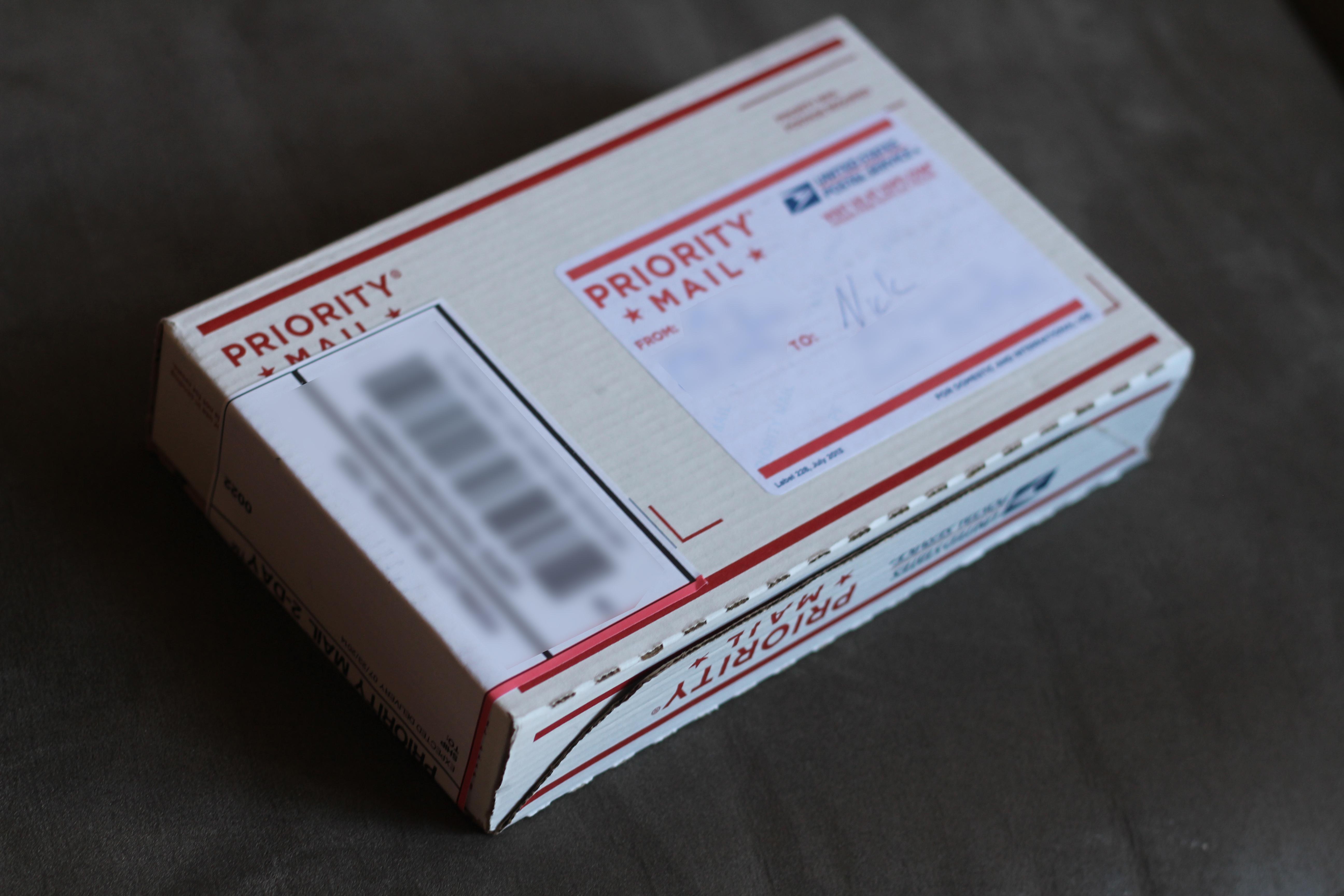 1405066_140623374493_package.jpg