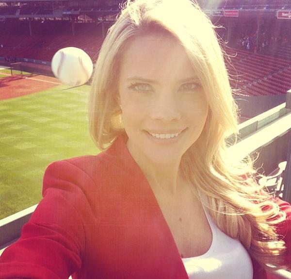 4206973_141285836823_sexy-selfy-fails-baseball.jpg